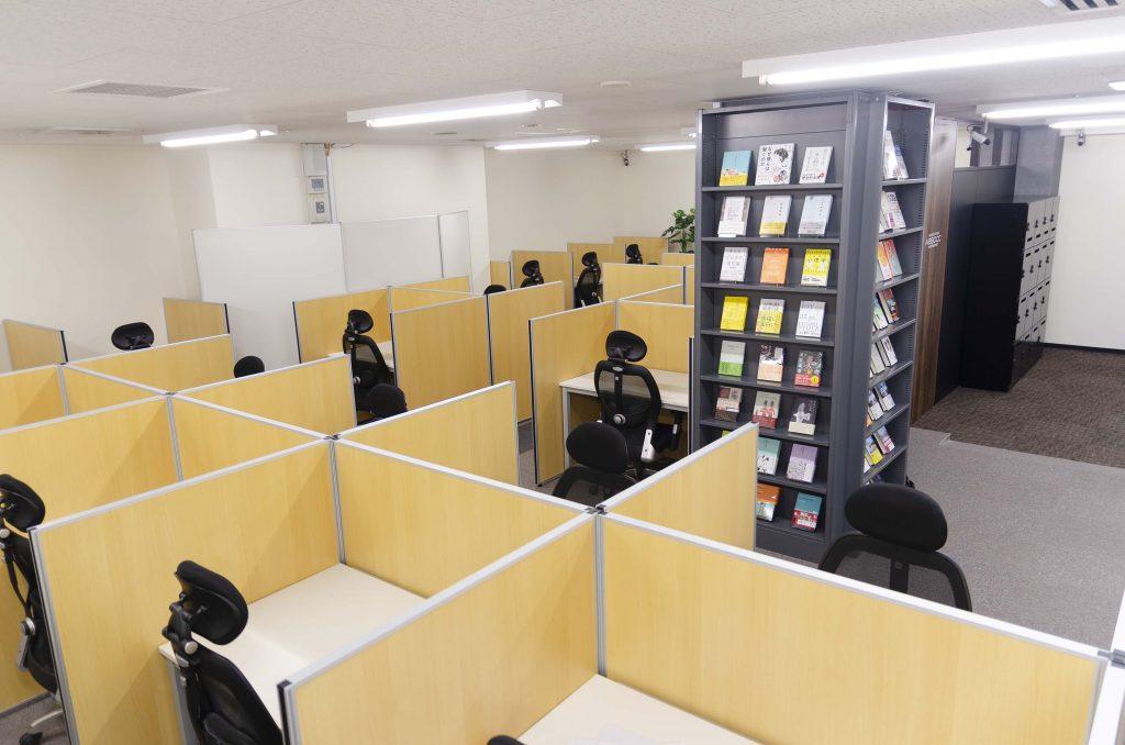 シェアオフィスABBOCC表参道のスペース内の様子